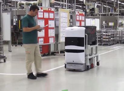 TUG transporta materiales en oficinas de manera autónoma