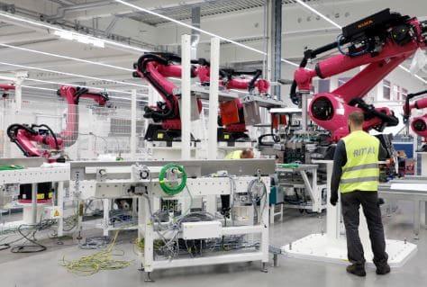 Los robots destruyen 400000 puestos de trabajo desde el 2000